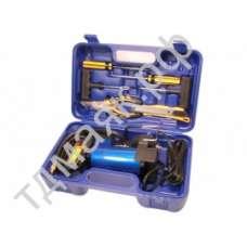 Компрессор АС 575ма, в кейсе с набором инструментов МА ас575ма